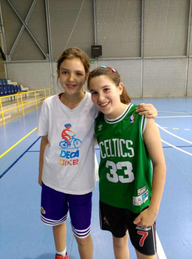La Noa Montero y Esther Rodellar molt contentes per de la bona notícia